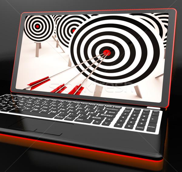 Cél laptop mutat tökéletes lövés precíz Stock fotó © stuartmiles