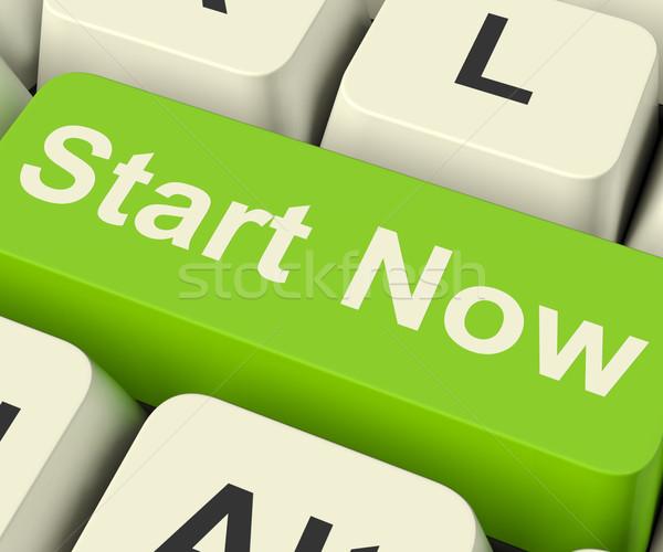 Foto stock: Começar · agora · chave · significado · internet