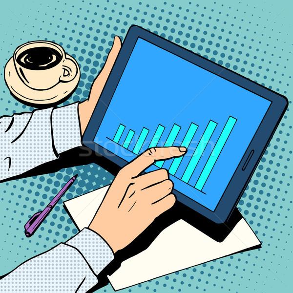 Działalności biznesmen harmonogram wzrostu tabletka obiad Zdjęcia stock © studiostoks