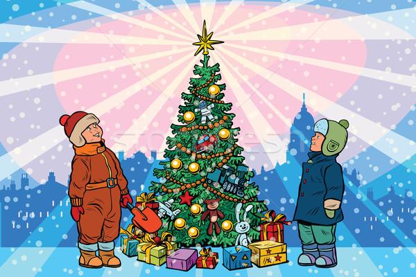 Ninos stand árbol de navidad vacaciones arte pop retro Foto stock © studiostoks