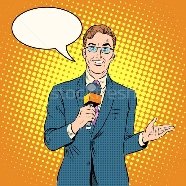 Telewizja reporter mężczyzna pop art w stylu retro nowego Zdjęcia stock © studiostoks