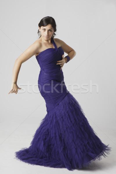 Kobieta tancerz real pretty woman taniec szary Zdjęcia stock © Studiotrebuchet