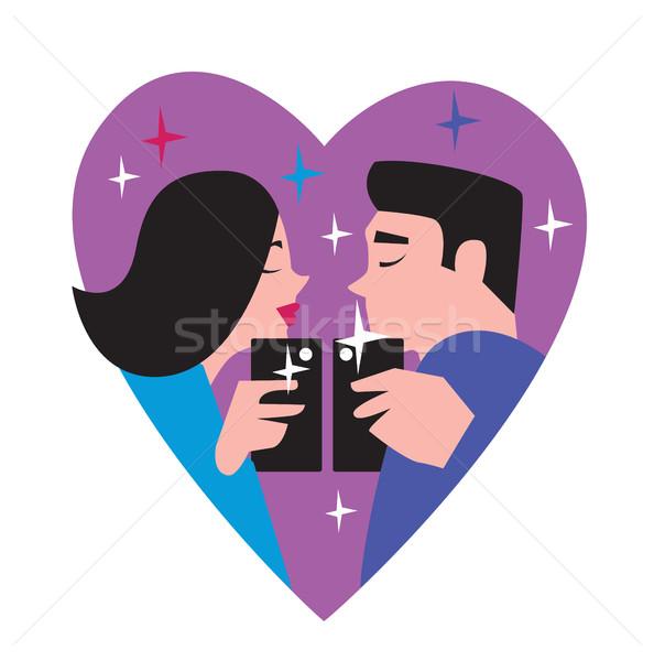 Insanlar olağanüstü çift öpücük telefon Stok fotoğraf © studioworkstock