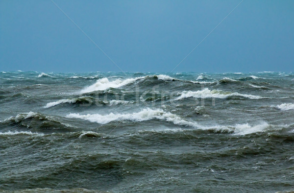 Szorstki fale angielski kanał wody Zdjęcia stock © suerob