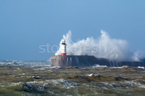 Leuchtturm Wellen Sonne Sussex england Sturm Stock foto © suerob