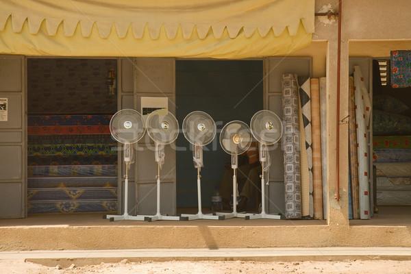 Elektrik fanlar Senegal satış dışında alışveriş Stok fotoğraf © suerob