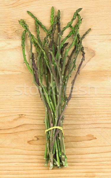 Asparagi bouquet vecchio tavolo in legno alimentare Foto d'archivio © Suljo