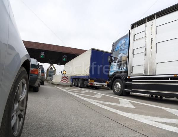 грузовиков пробках дороги улице автомобилей грузовика Сток-фото © Suljo