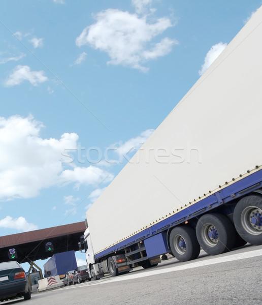 トラック 貨物 道路 トール 支払い ストックフォト © Suljo