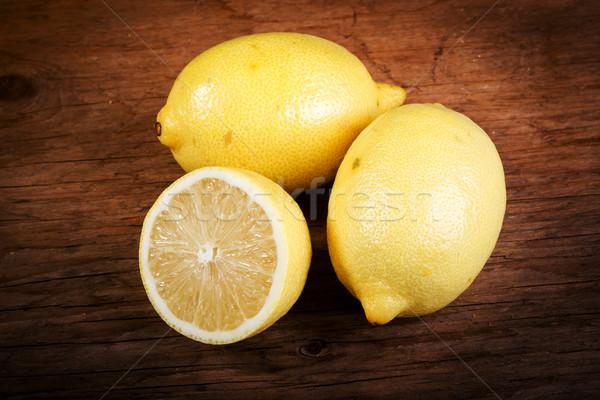 Limon ahşap masa taze eski gıda soğuk Stok fotoğraf © superelaks