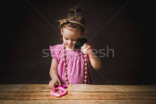 Küçük kız ayna çok güzel pembe elbise Stok fotoğraf © superelaks
