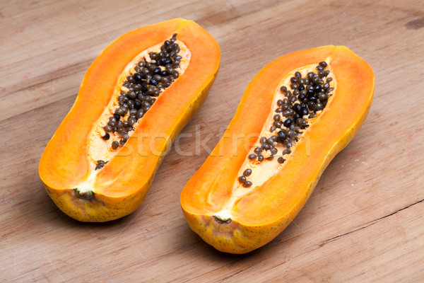papaya - half cut Stock photo © supersaiyan3