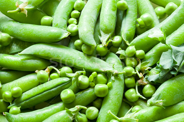 Zöld zöldborsó friss közelkép szín zöldségek Stock fotó © Supertrooper