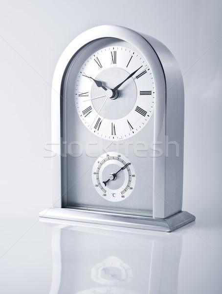 Photo stock: Horloge · internet · mur · fond · métal · signe