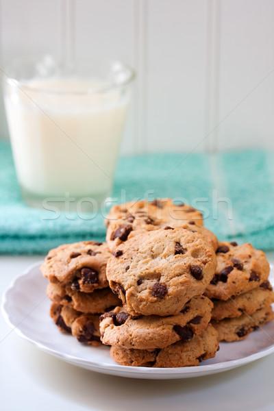 çikolata yonga kurabiye cam süt içmek Stok fotoğraf © susabell