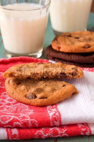 Chocolade chip cookie voedsel glas drinken Stockfoto © susabell