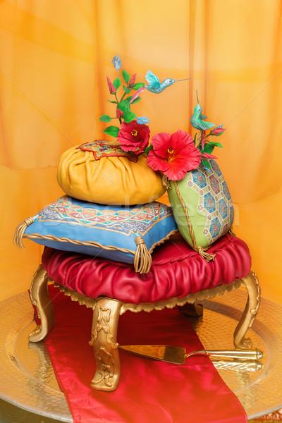 オリエンタル ウェディングケーキ 豪華な 2 鳥 枕 ストックフォト © svetography
