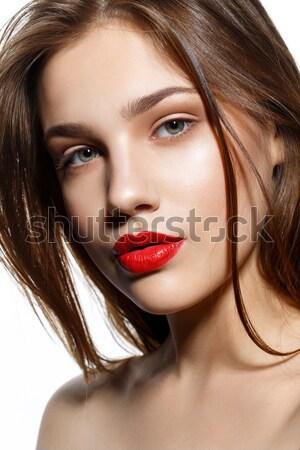Gyönyörű lány piros ajkak gyönyörű fiatal nő természetes smink Stock fotó © svetography