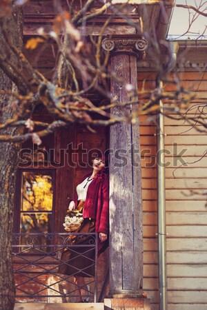 Menina sessão casa velha varanda belo mulher jovem Foto stock © svetography