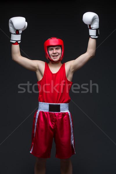Jovem boxeador vencedor adolescente vermelho forma Foto stock © svetography