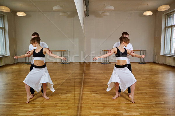 Belo casal dança tango mulher jovem preto e branco Foto stock © svetography