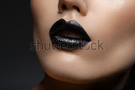 Bella ragazza nero labbra bella bellezza Foto d'archivio © svetography