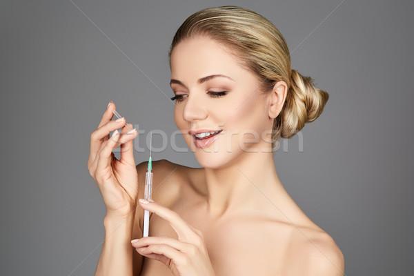 mooie vrouwen spuiten pussy te klein om te neuken