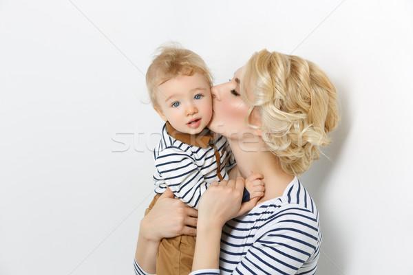 Güzel genç kadın mutlu öpüşme Stok fotoğraf © svetography