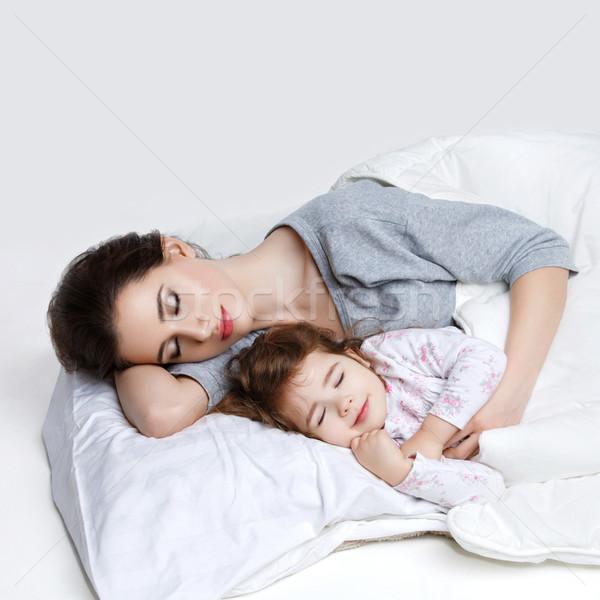 Stockfoto: Mooie · moeder · dochter · bed · jonge · vrouw · meisje
