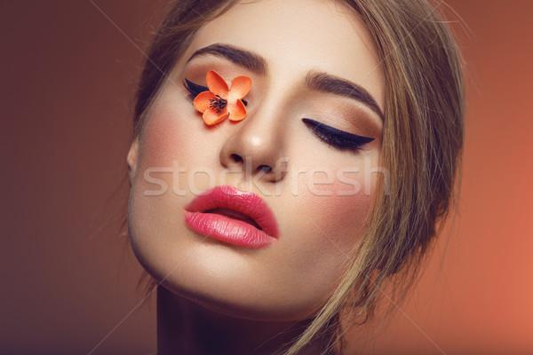 Bella ragazza sakura fiore occhi bella Foto d'archivio © svetography