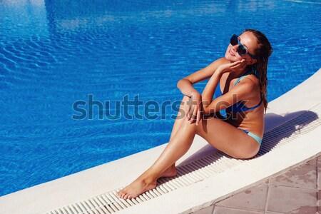 Mooi meisje outdoor zwembad mooie jonge vrouw Stockfoto © svetography