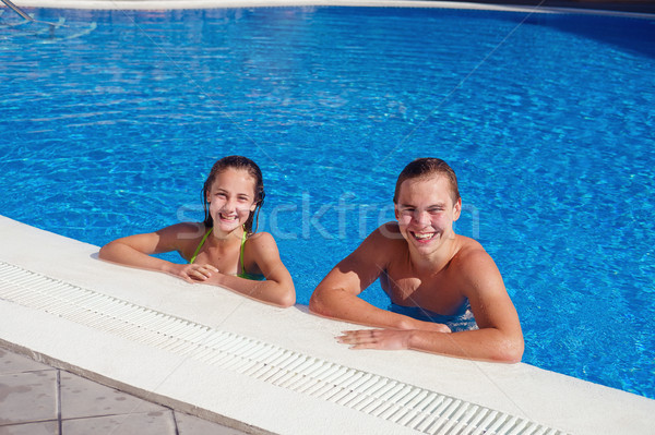 Erkek kız yüzme havuzu genç yaş Stok fotoğraf © svetography