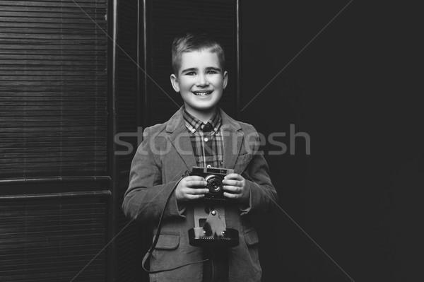 Yakışıklı Retro kamera mutlu gömlek Stok fotoğraf © svetography