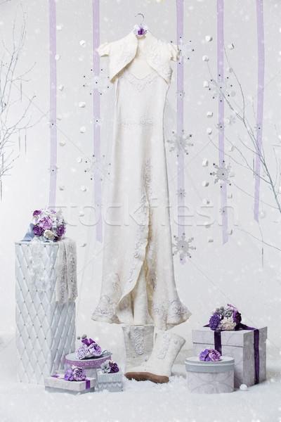 Gyönyörű menyasszonyi kellékek tél esküvő gyapjú Stock fotó © svetography
