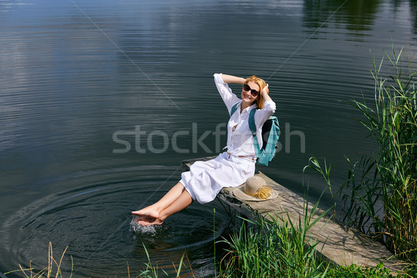 Stok fotoğraf: Genç · kadın · göl · genç · güzel · sarışın