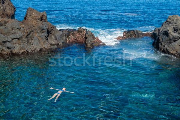 Stockfoto: Natuurlijke · zwemmen · tenerife · eiland · meisje · oceaan
