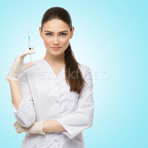 Stockfoto: Arts · spuit · mooie · jonge · medische · gewaad