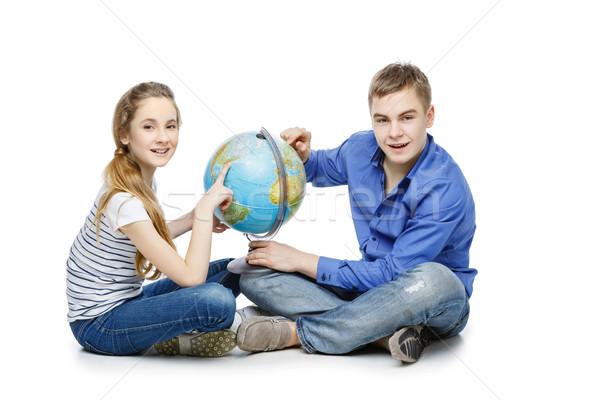 подростков мальчика девушки земле мира красивой Сток-фото © svetography