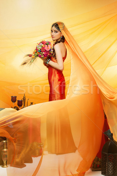 Noiva longo véu belo laranja Foto stock © svetography