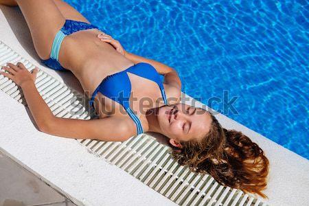 Beautiful girl ao ar livre piscina belo mulher jovem Foto stock © svetography
