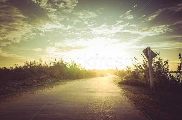 дороги небе закат мнение природы Сток-фото © sweetcrisis