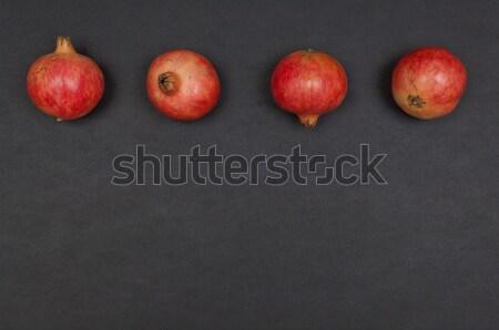 Całość dojrzały rząd ciemnoszary liści tle Zdjęcia stock © szabiphotography