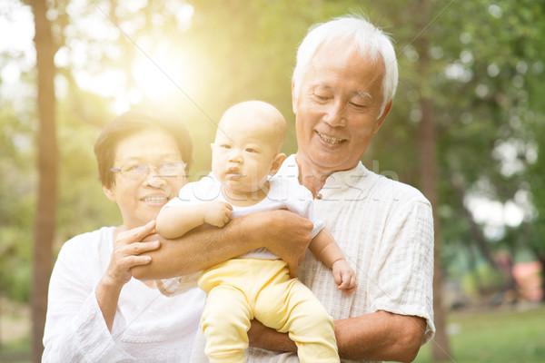 Stok fotoğraf: Dede · büyükanne · torun · açık · havada · mutlu · dedesi