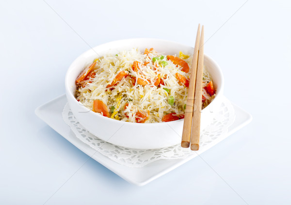 Asiático arroz frito luz prato Foto stock © szefei