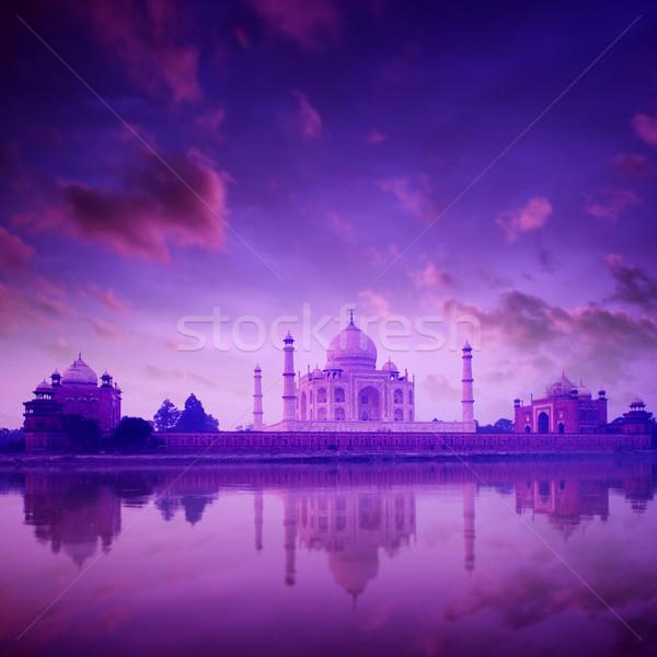 Taj Mahal India szürkület égbolt víz szeretet Stock fotó © szefei