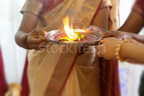 Indiai nő előad különleges hagyományos fül Stock fotó © szefei