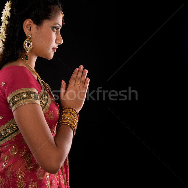 Preghiera bella indian ragazza saluto posa Foto d'archivio © szefei