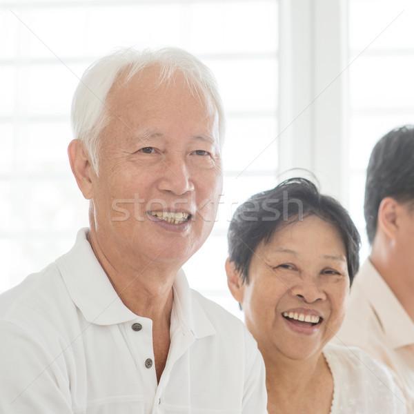 Casal velho casa sorridente feliz retrato asiático Foto stock © szefei