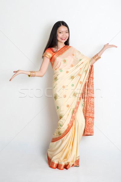 Giovane ragazza indian abito ritratto giovani Foto d'archivio © szefei