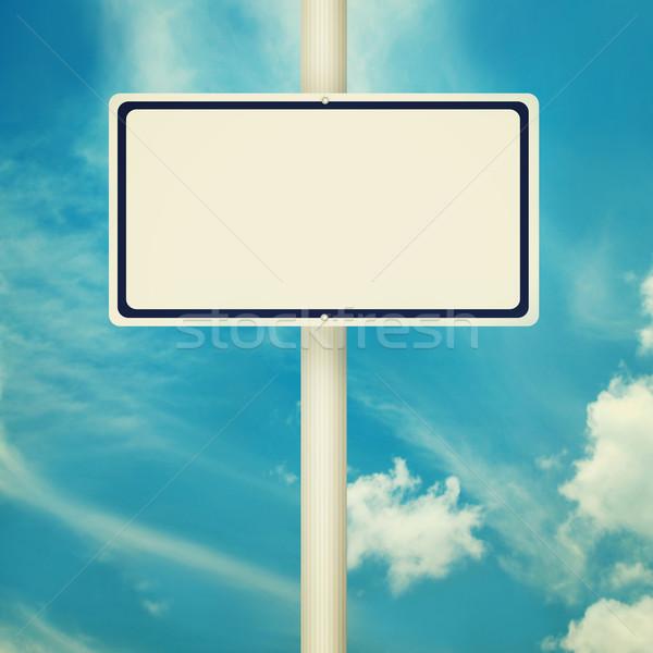 Stockfoto: Verkeersbord · verkeersborden · lege · straat · post · blauwe · hemel